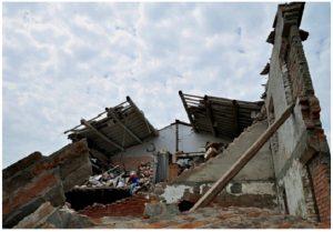 casa distrutta a modena