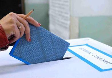 Amministrative, si vota in 235 comuni, 656 candidati sindaco, 816 liste elettorali